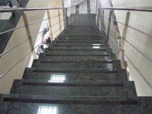 escalera-de-granito