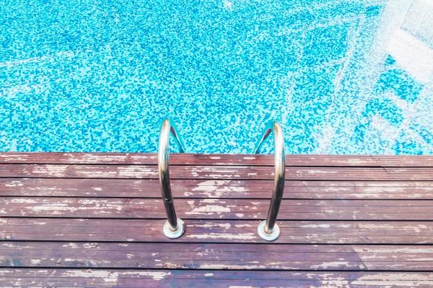 Los tipos de bordes de piscina más utilizados